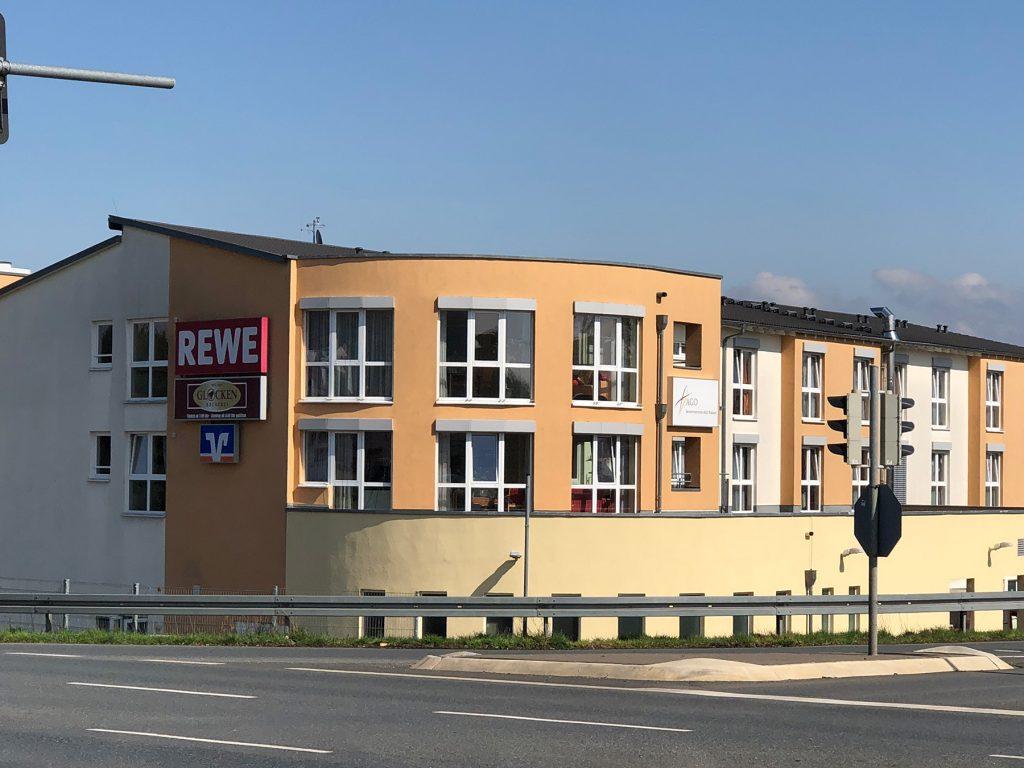 Feldpreulcenter Fachmarkt/Pflegeheim Rosbach v. d. Höhe